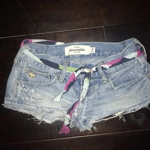 Abercrombie kid shorts used size 8 girl